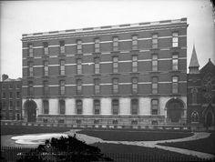 Jervis St Hospital. Dublin Street, Dublin City, Irish Independence, Ireland Pictures, Photo Engraving, City Council, Nice Place, Dublin Ireland, Belfast