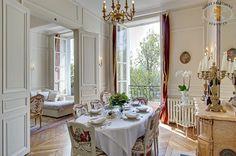 Ile Saint Louis luxury apartment with view on Seine River, Paris Paris Apartment Rentals, Chic Apartment Decor, Apartment Interior, Apartment Design, Apartment Living, Apartment Ideas, Cool Apartments, Luxury Apartments, European Style Homes