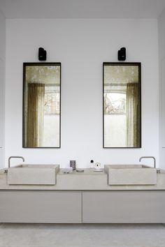 Modern luxury bathroom minimal sophisticated interior design by Piet Boon Villa Design, House Design, Design Hotel, Bad Inspiration, Bathroom Inspiration, Bathroom Ideas, Bathroom Designs, Bathroom Styling, Bathroom Interior Design