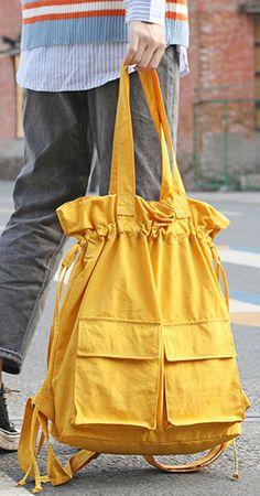 Yellow Backpack, Backpack Outfit, Diy Backpack, Mochila Hippie, Diy Bags Jeans, Estilo Denim, Potli Bags, Fabric Bags, Fabric Dolls