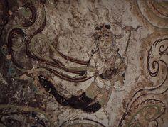 Yulin_Cave_15_antechamber_ceiling_n_heavenly_musician_(Tang).jpg (1353×1030)