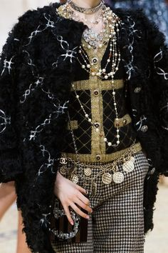 Chanel Fall 2015 Details