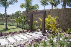 Landscape Gardener Beatrice Perlac Adarve Jardines #paisajismo #gardeners #gardendesign #landscapegardener #marbella #green #garden #plants #gardening #outdoorliving #gardens #jardinesmodernos #moderngardens #design