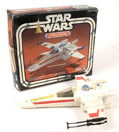 Star Wars X-Wing Fighter - wings snapped open, button made a laser sound, and light flashed in the front. Star Wars Toys, Star Wars Art, Retro Toys, Vintage Toys, Jouet Star Wars, Star Wars Merchandise, Star Wars Action Figures, Star Wars Collection, Childhood Toys