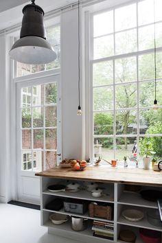 James van der Velden www.bricksamsterdam.com Kitchen Redo, Kitchen Dining, Interior Architecture, Interior And Exterior, Interior Decorating, Interior Design, Minimalist Interior, Home And Deco, Inspired Homes