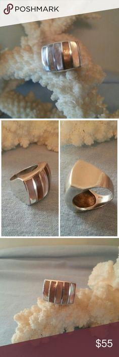 Pink Abalone/Sterling Silver Ring This is a Larger, Chunky Ring. It Seems to Take on Different Coloring Depending How the Light Hits it ! Stamped .925 Sterling Silver. Size is 7.5. Worn Just a Few Times. Bought at a Cute Little Boutique in Naples, Florida Jewelry Rings