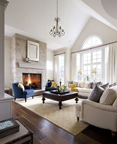 Great living room designs - Are you looking for ideas for your living room decor? Search through ideas of living room design and colors to create your perfect home. Check the webpage for more info. Formal Living Rooms, My Living Room, Home And Living, Living Room Furniture, Living Spaces, Brown Furniture, Fireplace Furniture, Simple Living, Modern Living