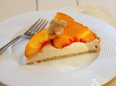 Frozen Peach-Yogurt Cheesecake  Recipe with ingreds I have in my house almost all the time.