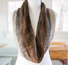 Reversible Listado by Laura Nelkin Knit Cowl Kit - None