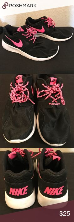 Nike Black/Hot Pink Walking/Running Shoes Size 5.5