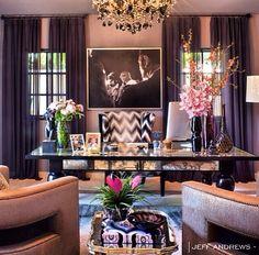 Khloe Kardashian's office