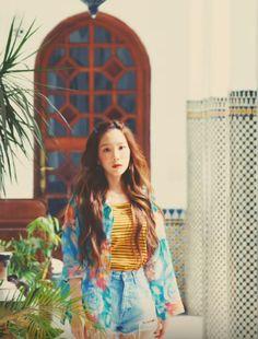 Taeyeon Stay 2018 Taeyeon Fashion, Kpop Fashion, Girls' Generation Taeyeon, Girls Generation, Yoona, Snsd, Kpop Girl Groups, Kpop Girls, Kim Tae Yeon