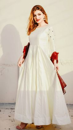 Pakistani Party Wear Dresses, Nikkah Dress, Shadi Dresses, Pakistani Wedding Outfits, Dresses To Wear To A Wedding, Pakistani Dress Design, Stylish Dress Designs, Stylish Dresses For Girls, Simple Dresses