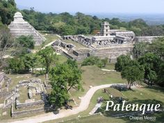 Palenque - Mayan ruins in Chiapas, Mexico. Palenque is one of the grandest Mayan ruins you will ever see Aztec Ruins, Mayan Ruins, Ancient Ruins, Ancient Mysteries, Ancient History, Places Around The World, Around The Worlds, Archaeological Site, World Heritage Sites