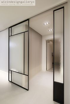 Partition Door, Partition Design, Glass Partition, Room Deviders, Sliding Glass Door, Dining Room Design, Office Interiors, Home Living Room, Windows And Doors