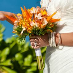 orange bouquet #Strelitzia #wedding #bouquet