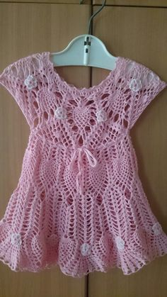 Платье. Crochet Toddler, Crochet Girls, Crochet Baby Clothes, Crochet For Kids, Free Crochet, Crochet Summer Dresses, Summer Dress Patterns, Childrens Coats, Häkelanleitung Baby