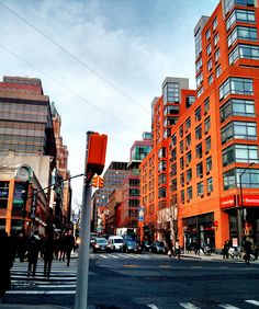 Atlantic Ave & Court Street - Brooklyn Heights