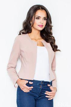 Krásne sako na zips v čistom hladkom dizajnepodporí akýkoľvek tvoj look.Môžeš ho skvelo skombinovať s nohavicami, kruhovou sukňou, jeansy s ním vytvoria krásny outfit športovej elegancie. Podarí sa ti s ním vykúzliť aj štýl soft office s vhodne zvolenými úzkymi nohavicami alebo úzkou sukňou. Sačko je celé podšité, zapínanie na zips nie je vedené celkom ku spodnému okraju saka.  Dodacia doba cca 5 - 10 pracovných dní.Veľkostné tabuľky