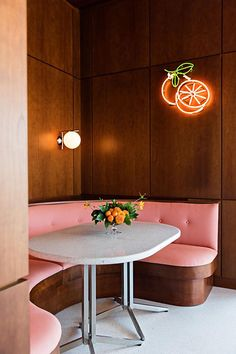 Confirmation: The Citrus Club 'Dropping Umbrellas in Drinks' This Fall - Seating - Restaurant Cafe Restaurant, Restaurant Design, Modern Restaurant, Cafe Bar, Interior Exterior, Interior Design, Cafe Design, Design Design, Grand Bohemian Hotel