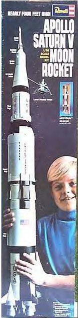 Revell - Apollo Saturn V Moon Rocket
