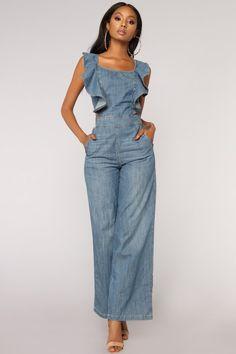 Available In Medium WashRuffleOpen BackWide Cotton Denim Fashion, Boho Fashion, Fashion Outfits, Fashion Design, Jumpsuit Outfit, Denim Jumpsuit, Jumpsuit Elegante, Cute Overalls, Estilo Jeans