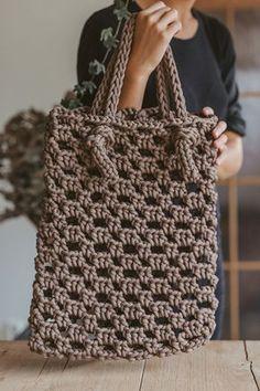 Brown tote bag / Crochet bag / Crochet tote bag / tote handbag / shopping tote / market tote bag / handbag purse / crochet purse / tote bag - This Amazing Bag Crochet, Crochet Market Bag, Crochet Motifs, Crochet Handbags, Crochet Purses, Crochet Patterns, Free Crochet, Tote Bags Handmade, Handbag Patterns