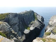 See 44 photos and 3 tips from 330 visitors to Mizen Head. Fantastic views and the sliced apple cake at the cafe afterwards is. Ireland Map, Irish, Places To Visit, Bucket, Vacation, Water, Outdoor, Gripe Water, Outdoors