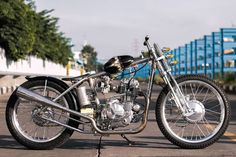 Bobber Chopper, Small Engine, Choppers, Dice, Motorcycles, Articles, Cubes, Biking, Motorcycle