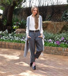 Fashionable Passion: {24.8.15} Pleated Pants and Grey Shawl