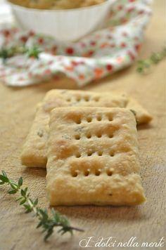 Intermezzi salati: Crackers di farro al timo