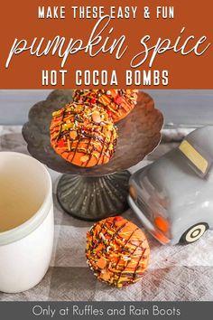 Hot Chocolate Mix, Hot Chocolate Gifts, Chocolate Candy Melts, Homemade Hot Chocolate, Hot Chocolate Recipes, Christmas Chocolate, Melting Chocolate, Hot Cocoa Recipe, Cocoa Recipes