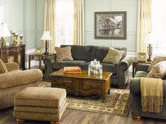 Best Rustic Living Room Decor That You Can For Your Own Living Room You can decorate your living room by different manners like interior designing or some diy works. Here are some interesting ideas about rustic living room decor. Living Room Decor Country, Rustic Living Room Furniture, Room Furniture Design, Living Room Grey, Living Room Sofa, Living Rooms, Furniture Ideas, Gray Furniture, Rooms Furniture