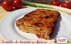 Tortilla de boniato y chorizo -  Hoy os traigo una sencillísima y atípica receta de tortilla de boniato y chorizo al horno. Este trampantojo gastronómico parece una tortilla de patata, pero no lo es. Aunque la textura sea idéntica, el contraste de sabores entre el dulce del boniato y el condimento del chorizo consigue un boc... - http://www.lasrecetascocina.com/tortilla-de-boniato-y-chorizo/
