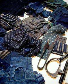 Indigo, cotton and sashiko Sashiko Embroidery, Japanese Embroidery, Cool Fabric, Fabric Art, How To Patch Jeans, Boro Stitching, Visible Mending, Mood Indigo, Japanese Textiles