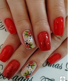 Having short nails is extremely practical. The problem is so many nail art and manicure designs that you'll find online Ombre Nail Designs, Nail Art Designs, Cute Nails, Pretty Nails, Ladybug Nails, Nagellack Design, Fabulous Nails, Flower Nails, Easy Nail Art