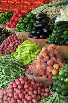 Every Saturday afternoon mom and dad have an open house farmer's market where all family and neighbors bring their bounty as we all learn how to live along with the land Jehovah has given us...