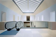 Escalators, Louvre