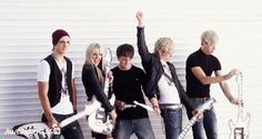 r5 smile   Videos, Entertainment, Fashion, Music, and Celebrity News for Teens ...