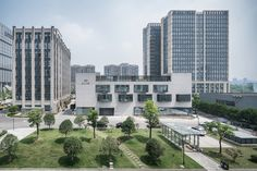 Dave & Bella Headquarters,South overview. Image © Qingshan Wu