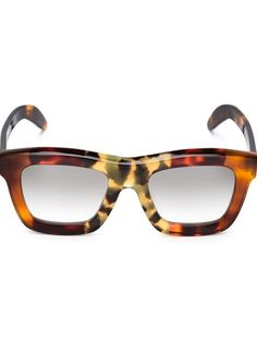 Shop Kuboraum 'C7 Mask' sunglasses in Patron of the New from the world's best independent boutiques at farfetch.com. Shop 400 boutiques at one address.