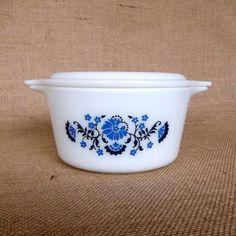 pyrex blue floral 1 quart cinderella