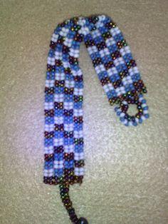 el işi takı tasarım: KUM BONCUK BİLEKLİK Beaded Earrings, Beaded Jewelry, Handmade Jewelry, Beaded Bracelet, Herringbone Stitch, Bead Loom Bracelets, Bead Loom Patterns, Loom Beading, Bead Art