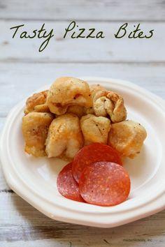 Pizza Rolls Recipe http://madamedeals.com/pizza-rolls-recipe/ #recipes #inspireothers