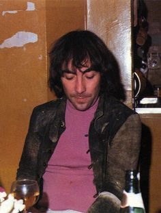 Keith Moon at Stargroves. Pinball Wizard, Keith Moon, Greatest Rock Bands, British Invasion, Lady And Gentlemen, Getting Old, Cool Bands, The Fool, The Beatles