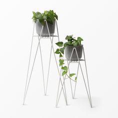 Blomställning i metall, 45 cm, vit Interior Decorating, Interior Design, Plant Hanger, House Plants, Home Furnishings, Planters, House Design, Living Room, Inspiration