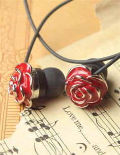 Victorian Trading Company-Rosebuds, beauty to your ears $19.95