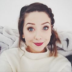 I got: Zoella!My fave yaaayyy! Which Vlogger Would Be Your Best Friend IRL? Zoella Makeup, Hair Makeup, Sugg Life, Youtube Vloggers, Zoe Sugg, Best Youtubers, Your Best Friend, Girly Things, My Hair