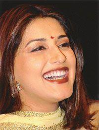 Beautiful Bollywood Actress, Most Beautiful Indian Actress, Most Beautiful Women, Somali, Saree Look, Bollywood Stars, Indian Beauty, Indian Actresses, Wedding Jewelry
