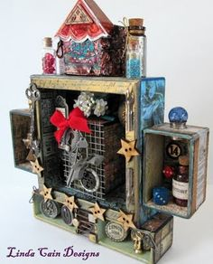 I love configurations by Tim Holtz!